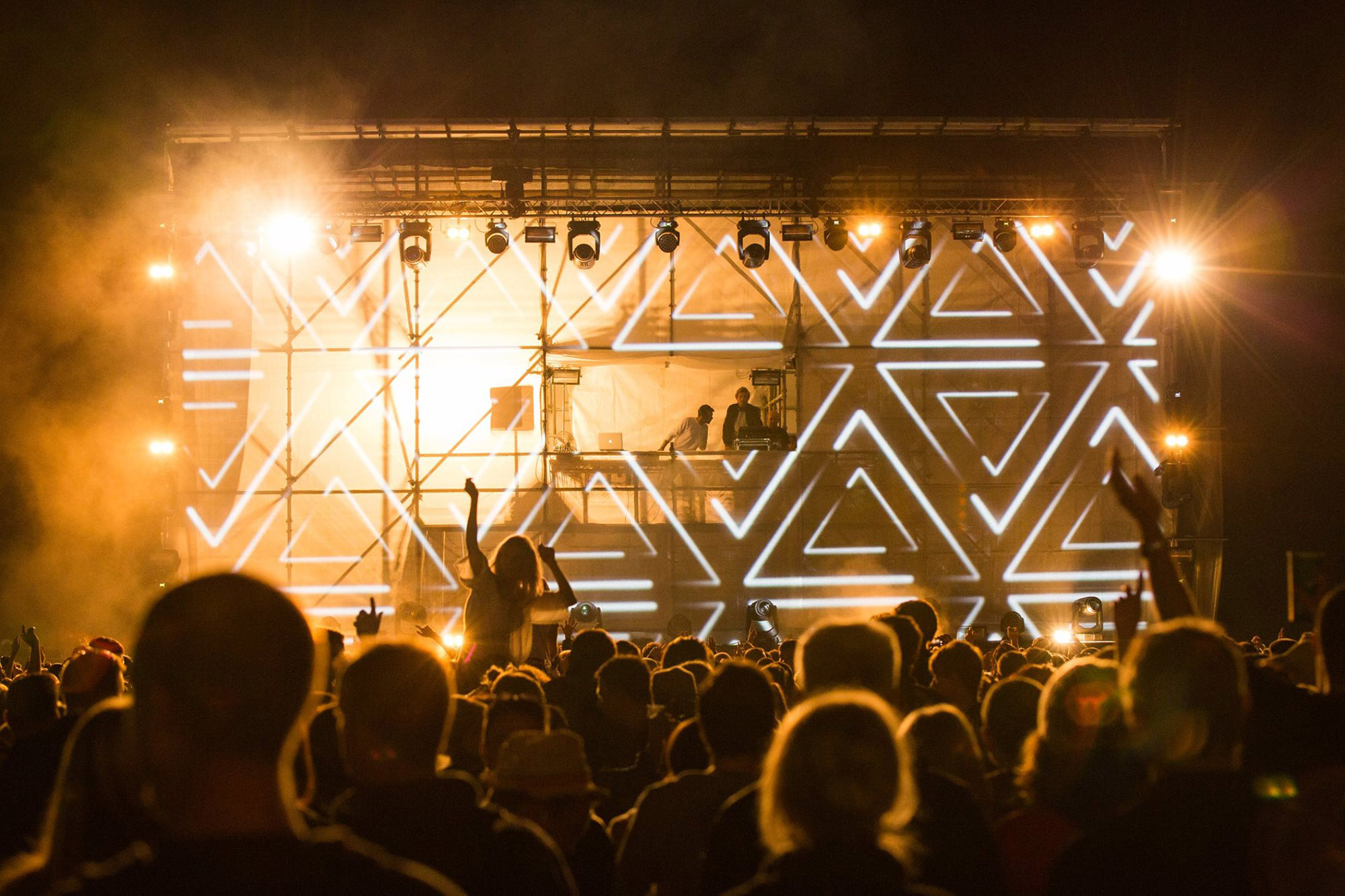 Groove music festival show projections, VJ set live