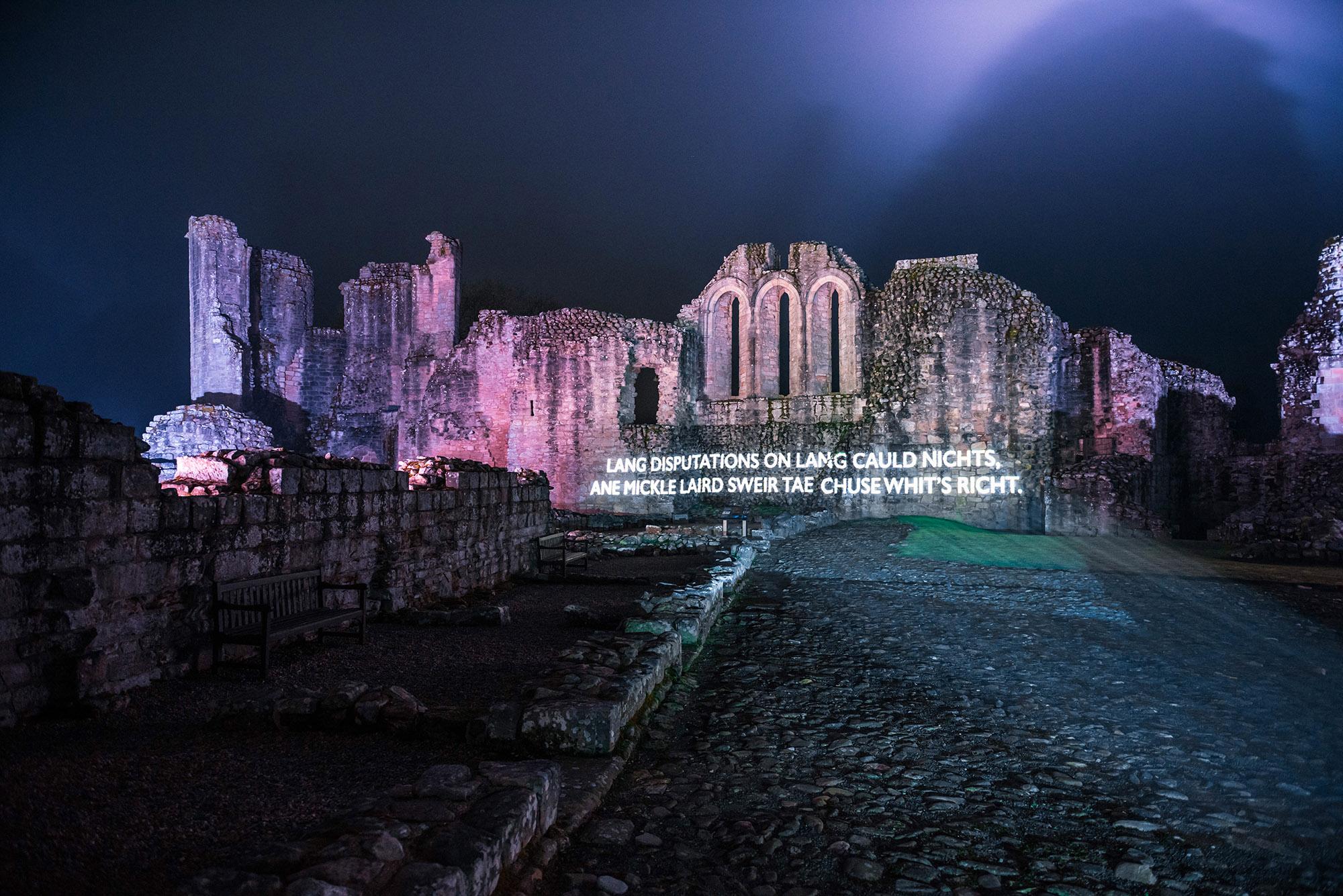 Òran nan Clachan projection timelapse film, Kildrummy Castle