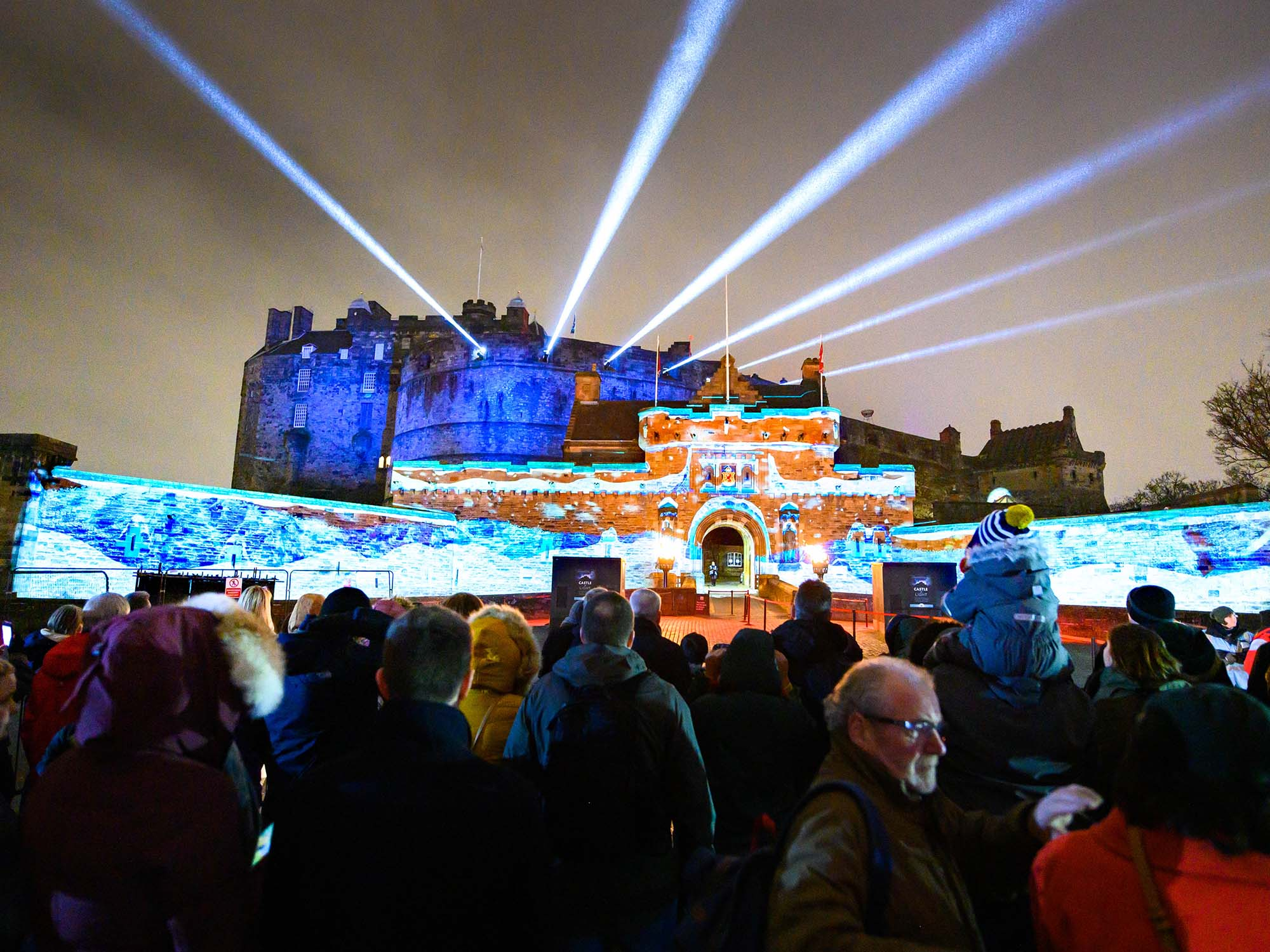 Castle of Light, Christmas Projections Show Light Walk
