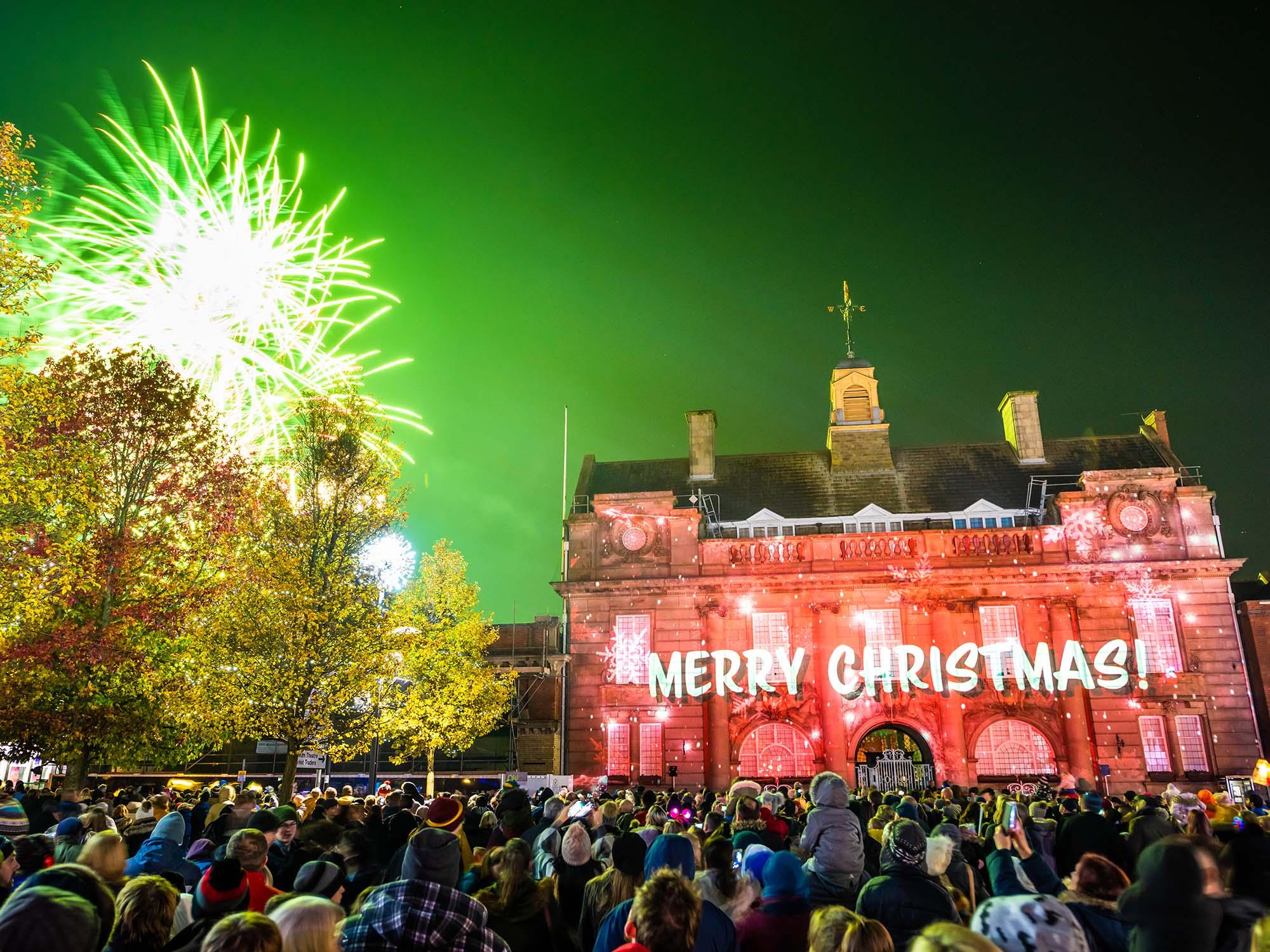 Lumen Light Festival, Christmas Projection show on Municipal Hall