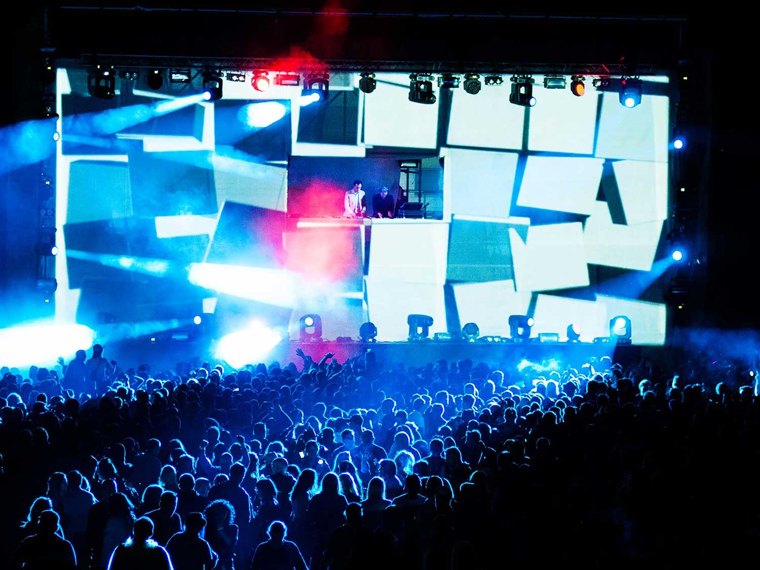 Groove music festival show projections, VJing set live
